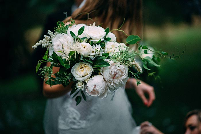 Bespoke Wedding Flowers, wedding of Emma & Nick, photographer : Fiona Vail Photography